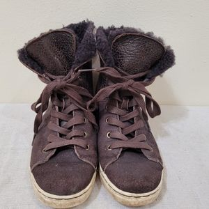 UGG shoes youth size 5
